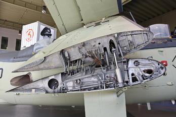 UA+110 - Germany - Navy Fairey Gannet AS.4