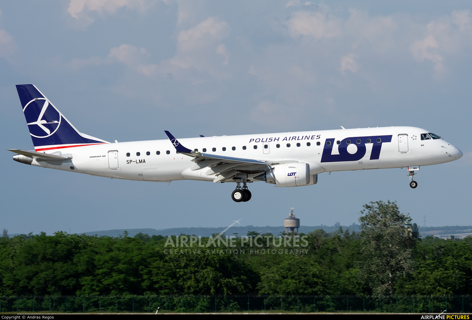 LOT - Polish Airlines SP-LMA aircraft at Budapest Ferenc Liszt International Airport
