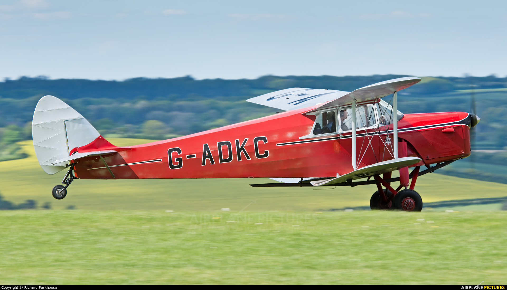 Private G-ADKC aircraft at Compton Abbas