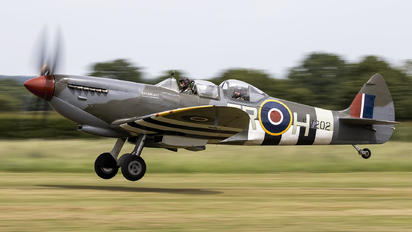G-CCCA - Aircraft Restoration Co, Supermarine Spitfire T.9