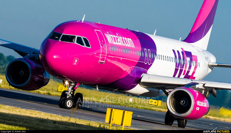 Wizz Air HA-LPT aircraft at Wrocław - Copernicus