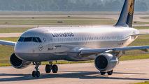 D-AIPK - Lufthansa Airbus A320 aircraft