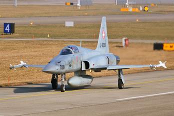 J-3098 - Switzerland - Air Force Northrop F-5E Tiger II