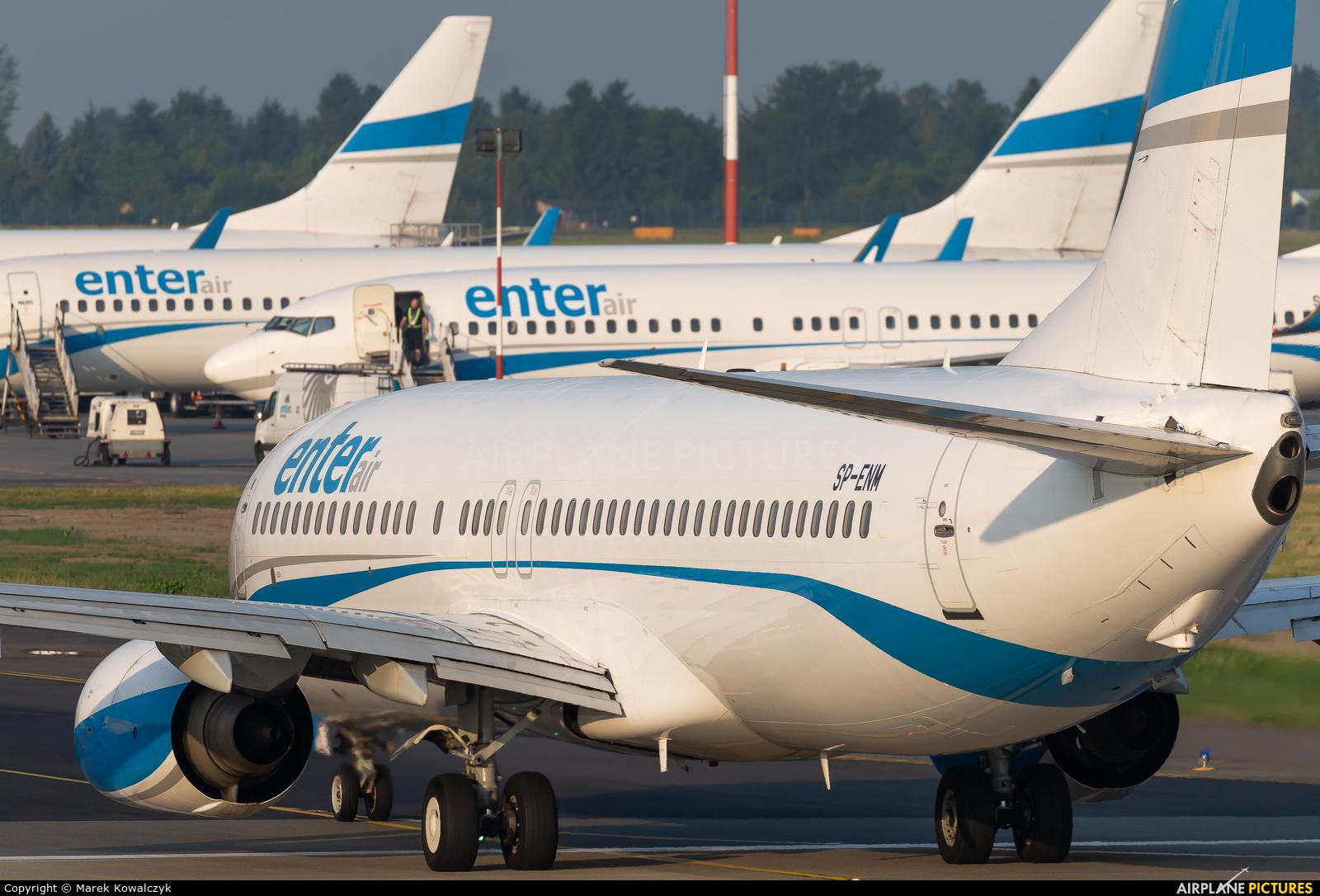 Enter Air SP-ENM aircraft at Warsaw - Frederic Chopin