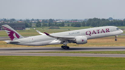 A7-ALG - Qatar Airways Airbus A350-900