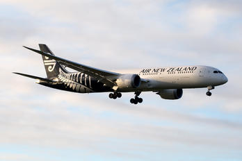 ZK-NZN - Air New Zealand Boeing 787-9 Dreamliner