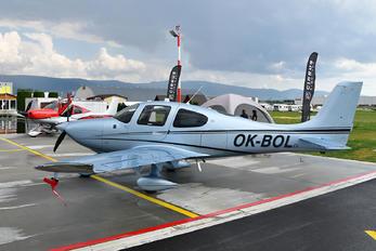 OK-BOL - Private Cirrus SR20