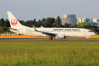 JA332J - JAL - Japan Airlines Boeing 737-800
