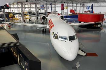 PT-MRL - TAM Fokker 100