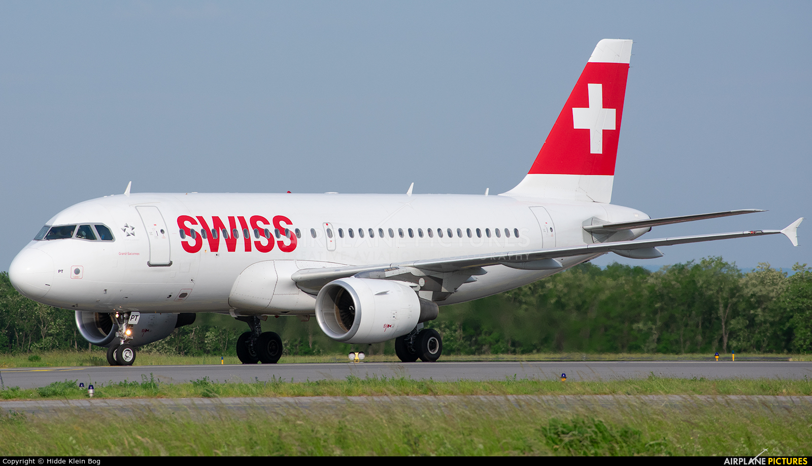 Swiss HB-IPT aircraft at Luxembourg - Findel
