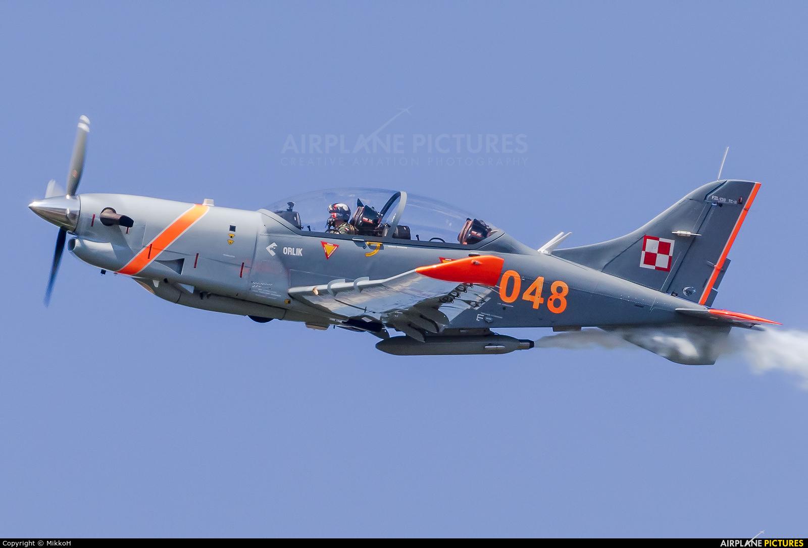 """Poland - Air Force """"Orlik Acrobatic Group"""" 048 aircraft at Turku"""