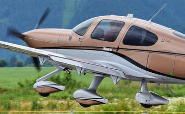 OK-KEA - Private Cirrus SR22
