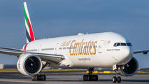 A6-EPJ - Emirates Airlines Boeing 777-31H(ER) aircraft