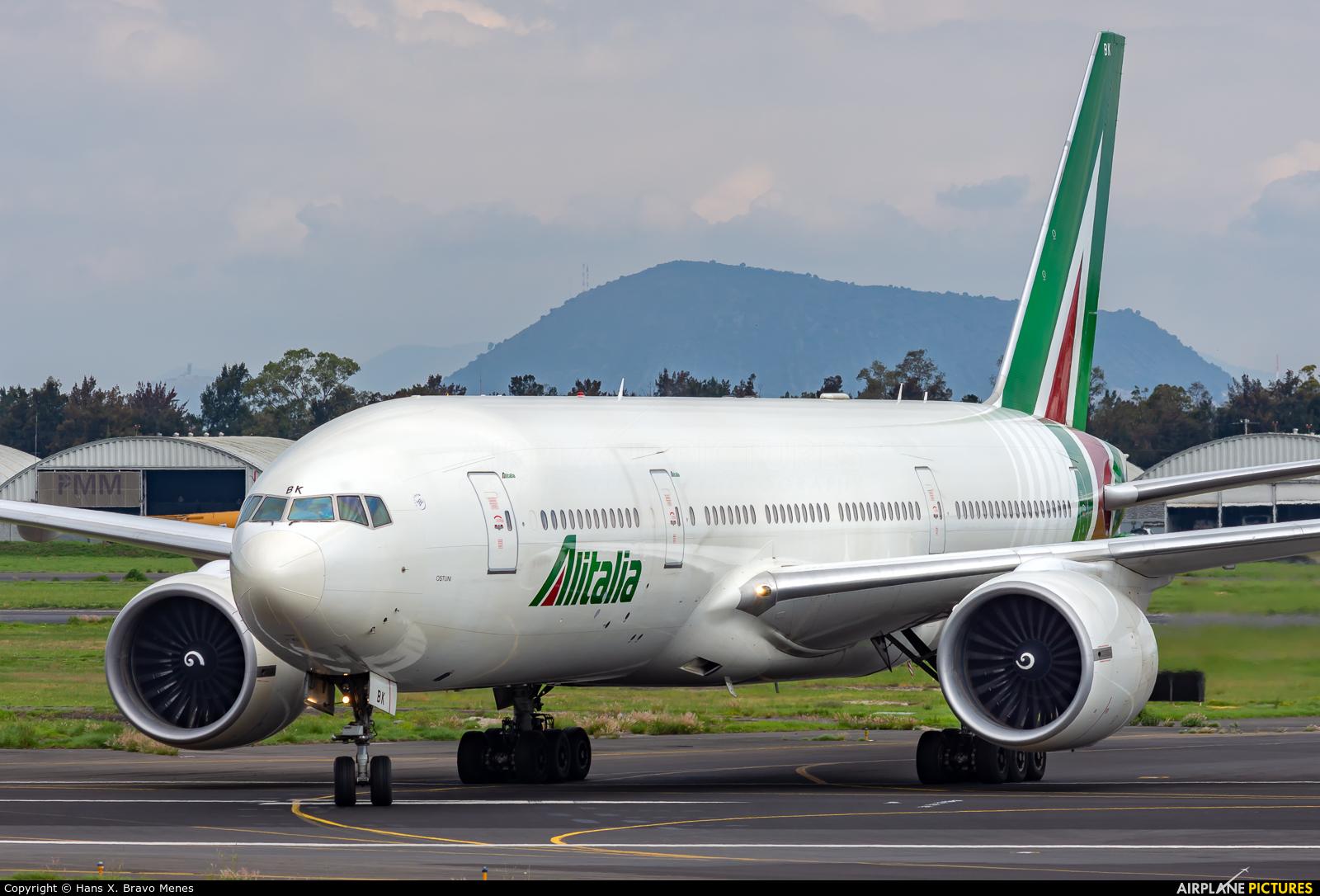 Alitalia EI-DBK aircraft at Mexico City - Licenciado Benito Juarez Intl