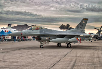90-0729 - USA - Air Force General Dynamics F-16CG Night Falcon