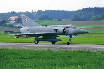 J-2318 - Switzerland - Air Force Dassault Mirage IIIS
