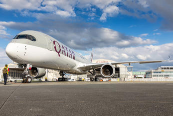 A7-ANH - Qatar Airways Airbus A350-1000