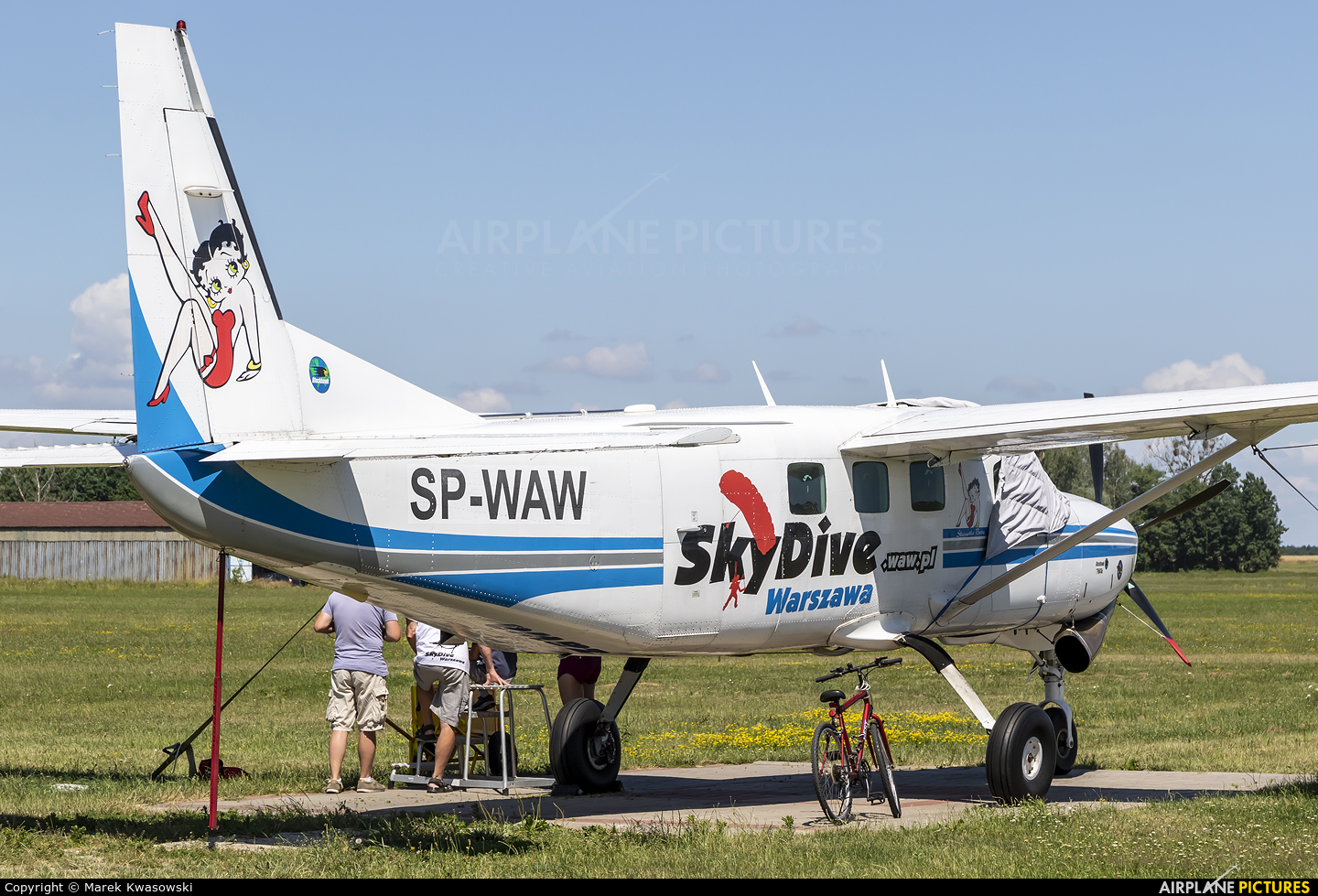 Private SP-WAW aircraft at Chrcynno