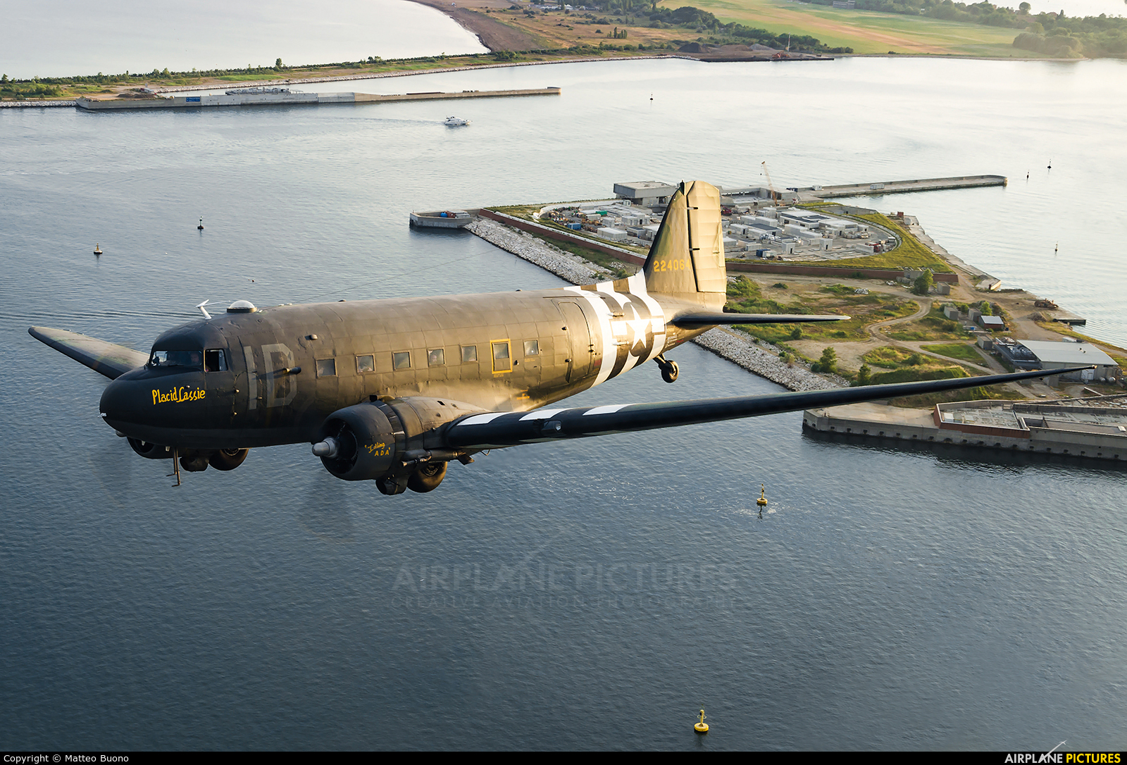 Private N74589 aircraft at In Flight - Italy