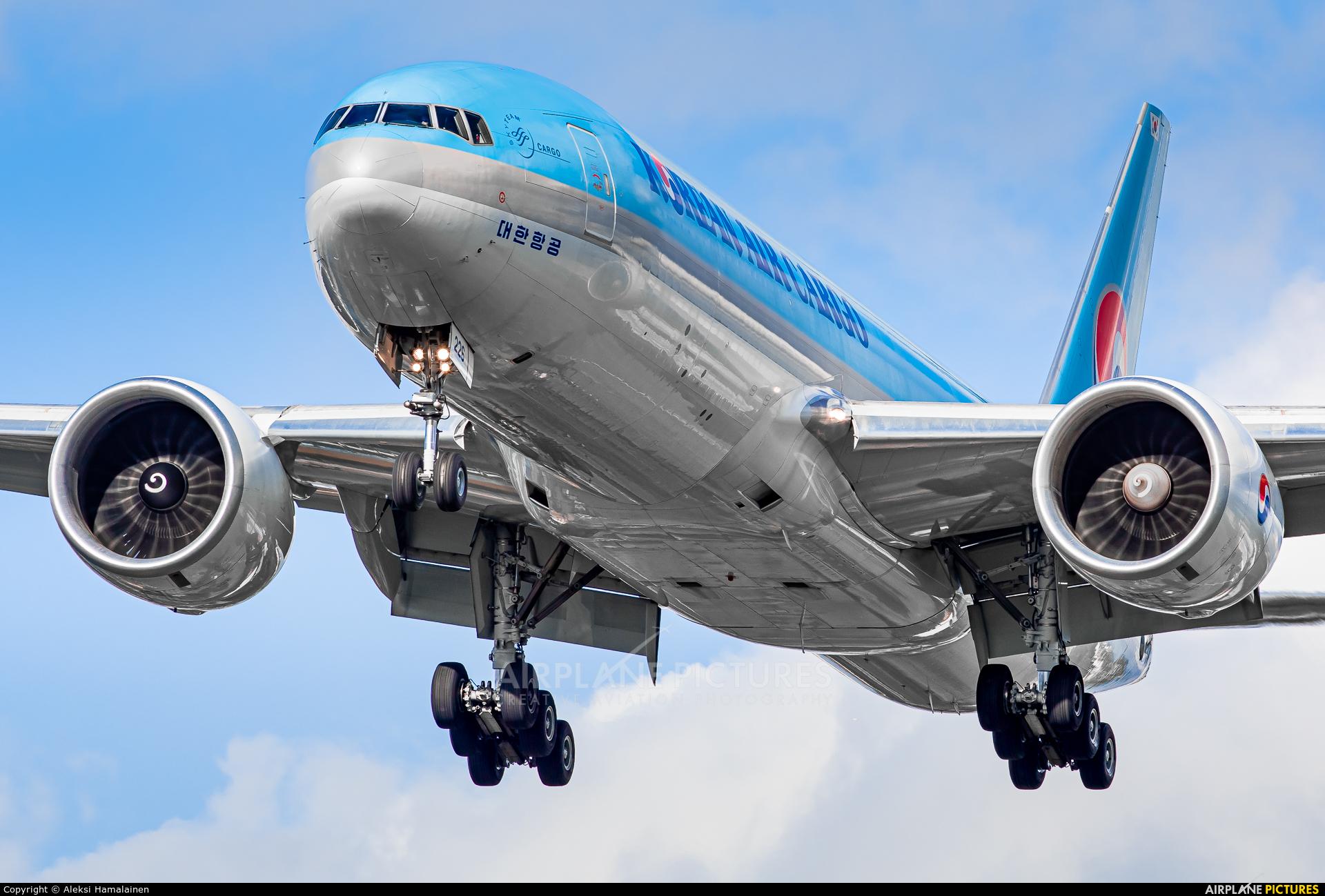 Korean Air Cargo HL8226 aircraft at London - Heathrow