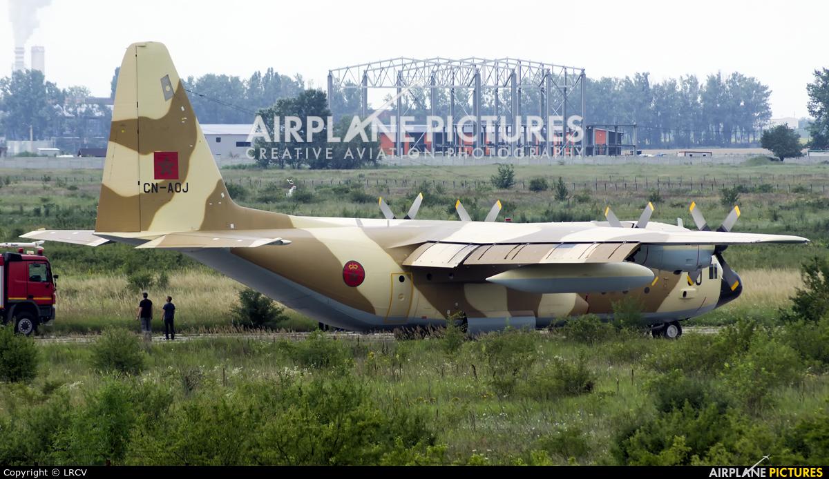 FRA: Photos d'avions de transport - Page 38 1208192