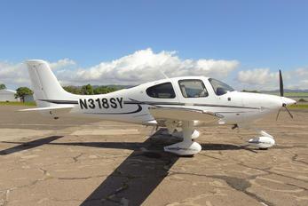 N318SY - - Aviation Glamour Cirrus SR20