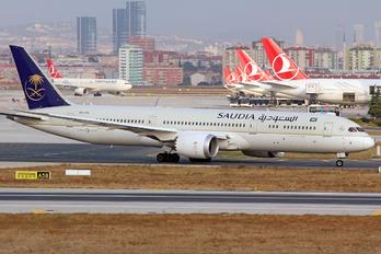 HZ-ARB - Saudi Arabian Airlines Boeing 787-9 Dreamliner