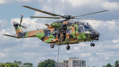 1338 - France - Army NH Industries NH-90 TTH