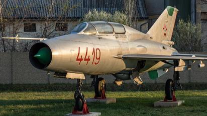 4419 - Hungary - Air Force Mikoyan-Gurevich MiG-21U