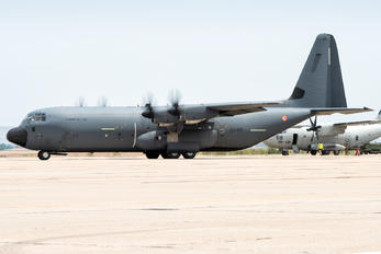 5847 - France - Air Force Lockheed C-130J Hercules