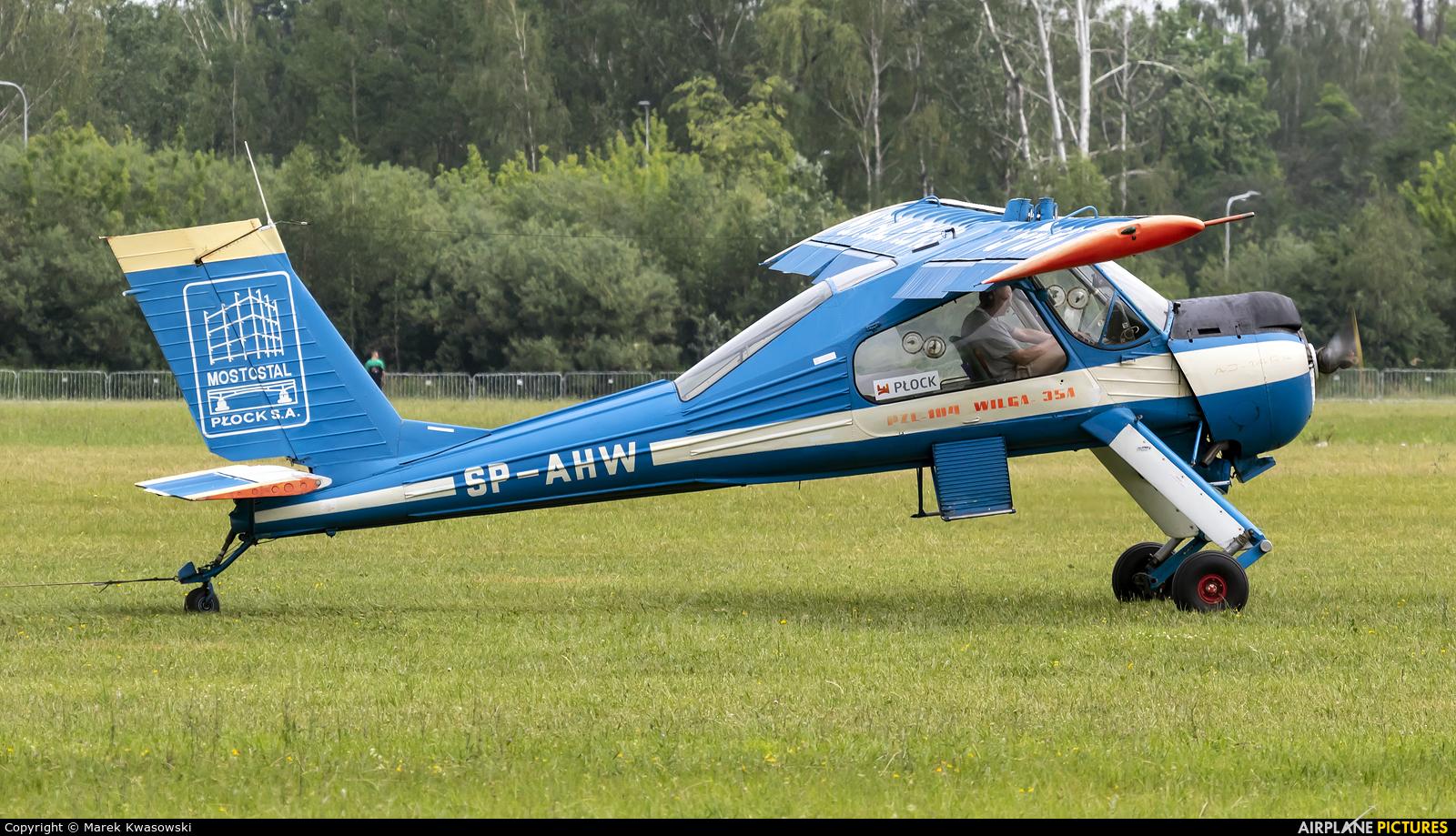 Aeroklub Ziemi Mazowieckiej SP-AHW aircraft at Płock