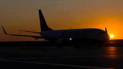 EI-FIT - Ryanair Boeing 737-800