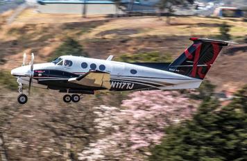 N117TJ - Private Beechcraft 90 King Air