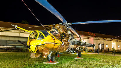 117 - Hungary - Air Force Mil Mi-24D