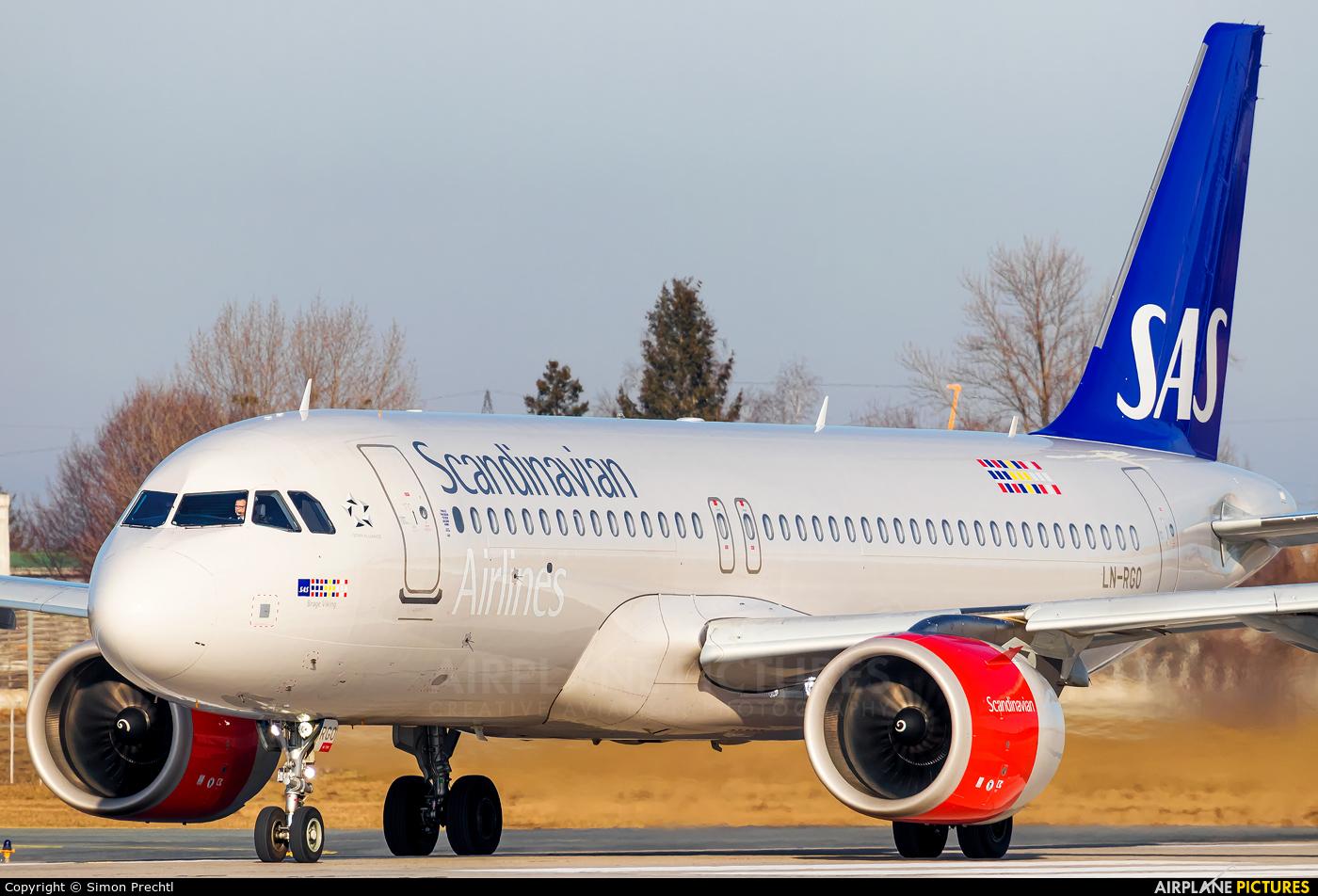 SAS - Scandinavian Airlines LN-RGO aircraft at Salzburg