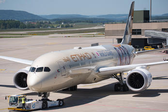 A6-BLG - Etihad Airways Boeing 787-9 Dreamliner