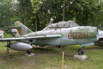 8020 - Poland - Navy PZL SBLim-2