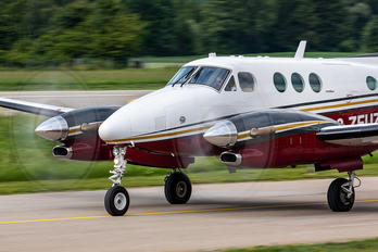 2-ZEUZ - Private Beechcraft 90 King Air