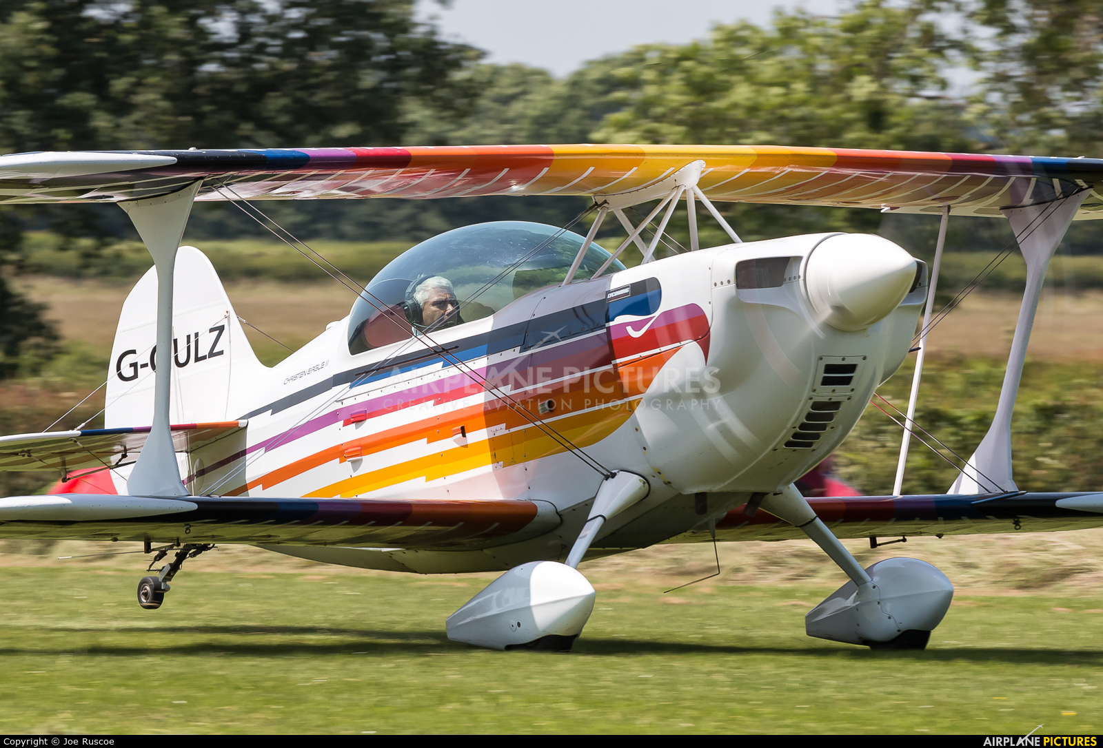 Private G-GULZ aircraft at Stoke Golding