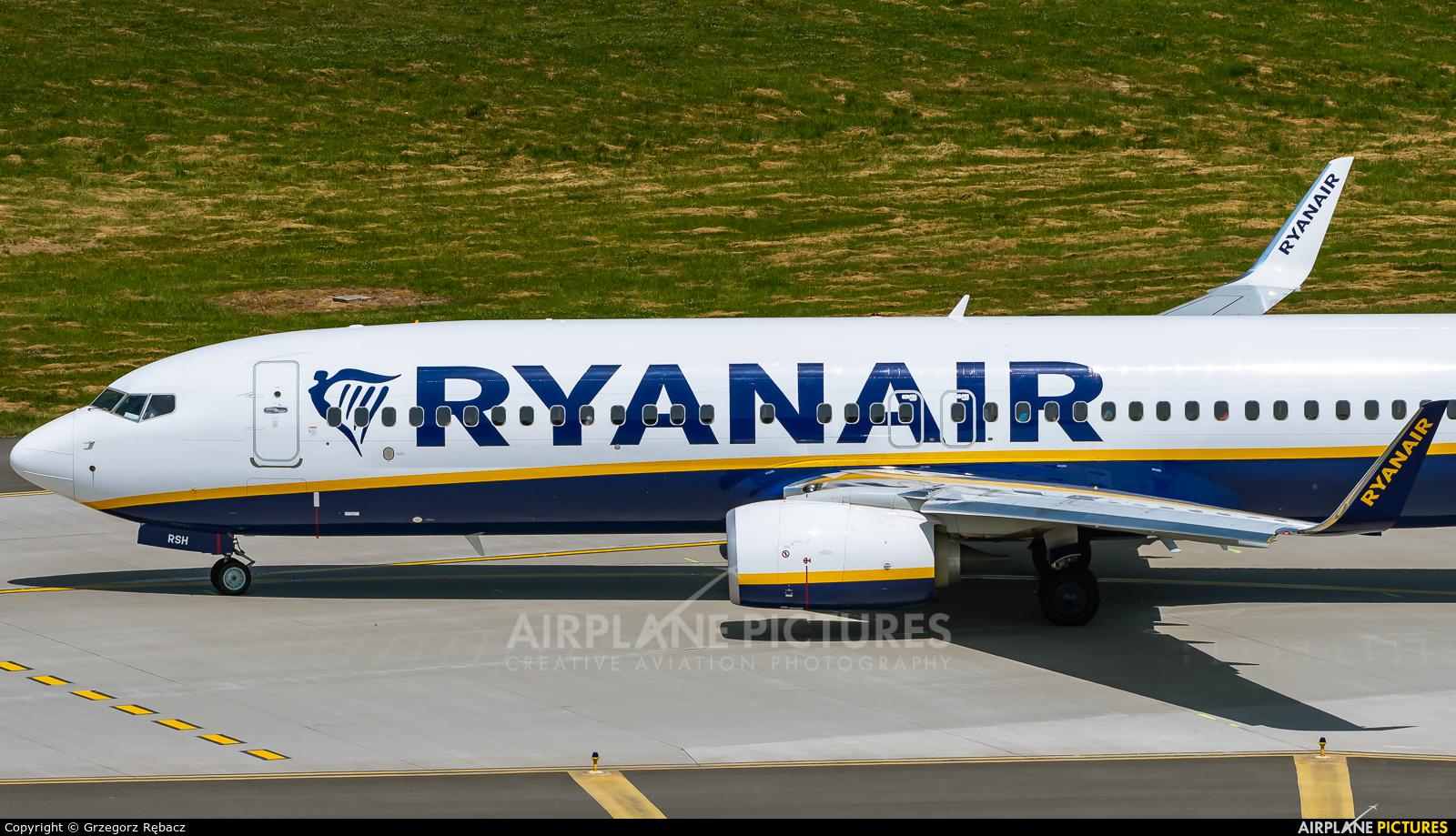 Ryanair Sun SP-RSH aircraft at Kraków - John Paul II Intl