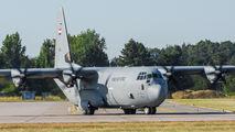 Iraq - Air Force YI-306 image