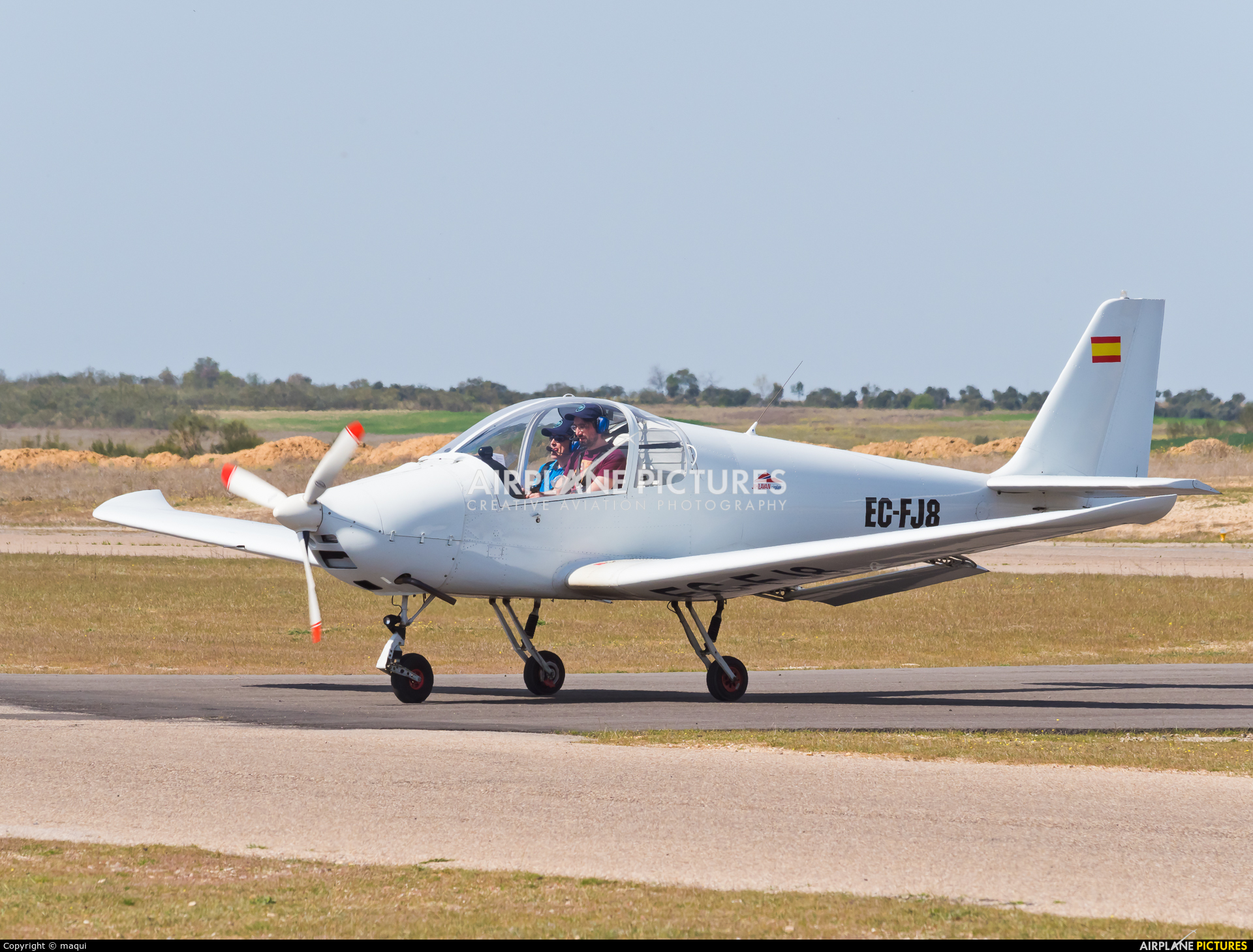 Private EC-FJ8 aircraft at Casarrubios del Monte