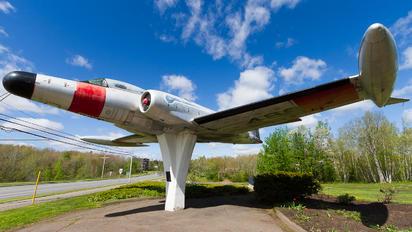 18488 - Canada - Air Force Avro Canada CF-100 Canuck Mk. 5D