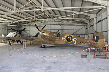 EN199 - Royal Air Force Supermarine Spitfire Mk.IX