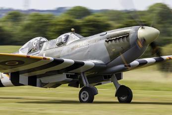G-ILDA - Boultbee Flight Academy Supermarine Spitfire T.9