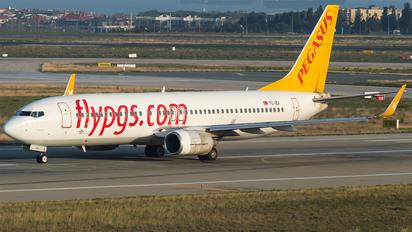 TC-IZJ - Pegasus Boeing 737-800