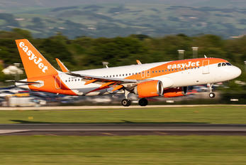 G-UZHY - easyJet Airbus A320 NEO