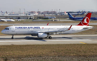 TC-JTN - Turkish Airlines Airbus A321
