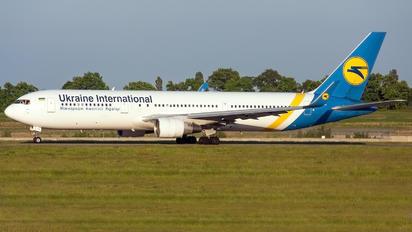 UR-GEC - Ukraine International Airlines Boeing 767-300ER