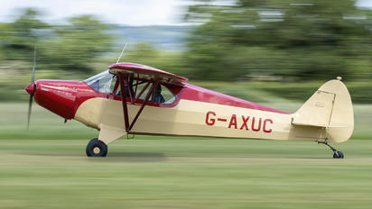G-AXUC - Private Piper PA-12 Super Cruiser